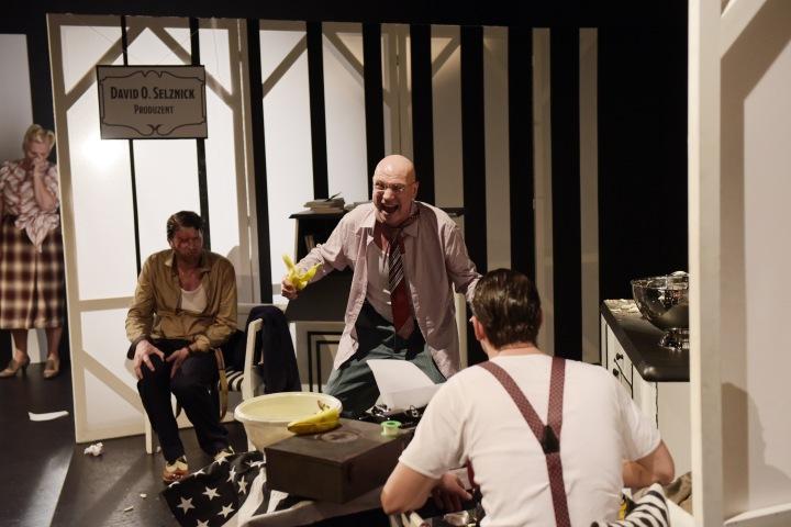 5-__Mondlicht_und_Magnolien___-_Theater_Magdeburg_-_Premiere_8.10.2016